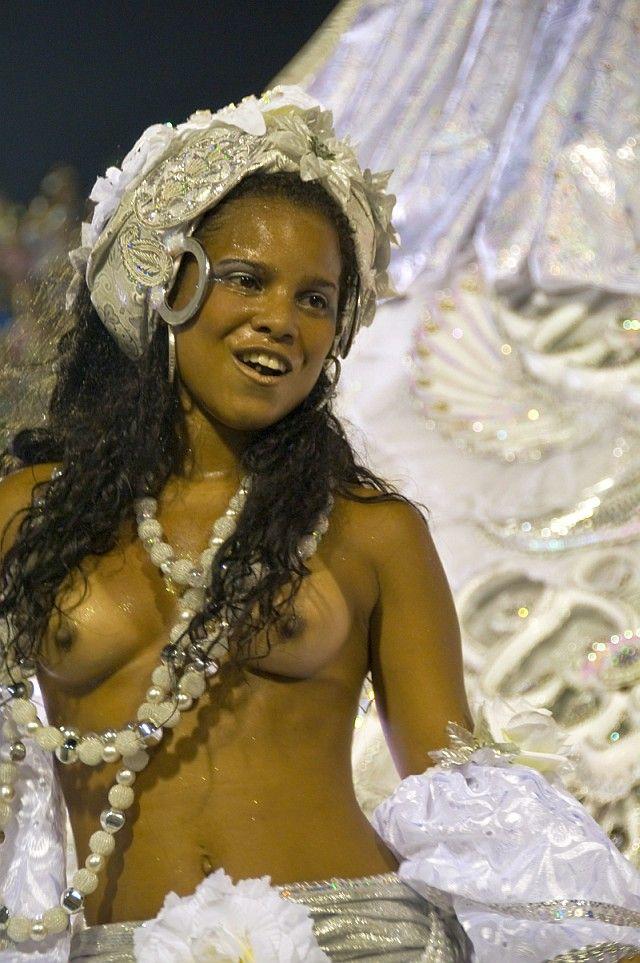 Rio nude janeiro carnival beach de