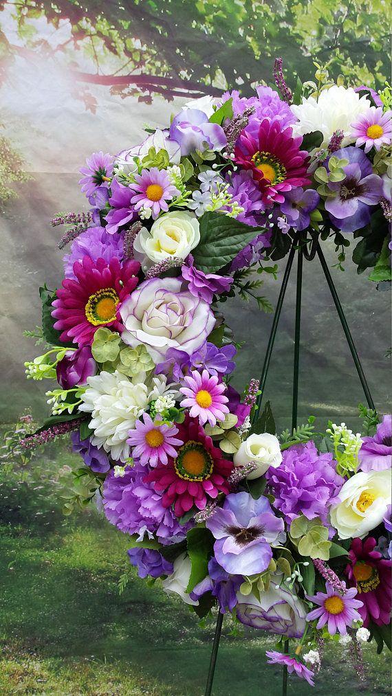 Cementerio guirnalda corona de crema de lavanda de púrpura