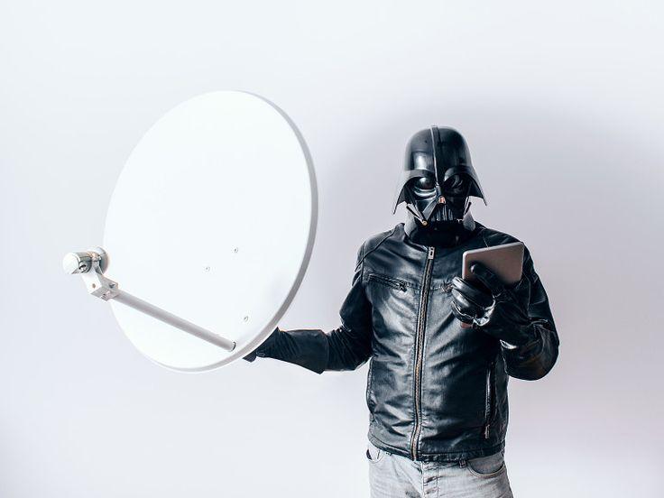 """O que Darth Vader faria? É uma pergunta que o fotógrafo Paweł Kadysz , da Polônia, fez a si mesmo ao começar a série """"The Daily Life of Dart..."""