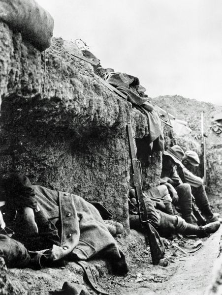 THIS DAY IN WWI: AUG 27,1915 - Gallipoli: Battle for Hill 60 Resumes, Last Major Assault of the Gallipoli Campaign. Pictured - Exhausted New Zealanders rest in a captured trench