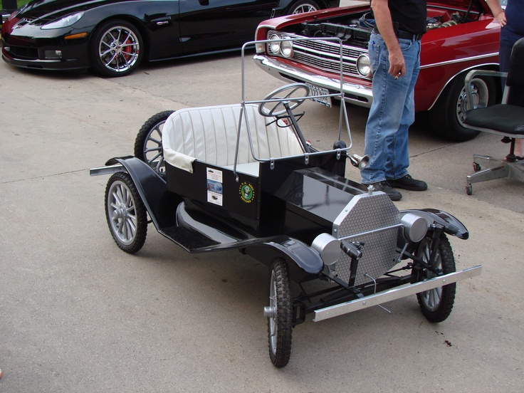 saw this at a car bike night in des moines iowa cool mini cars pinterest night cars. Black Bedroom Furniture Sets. Home Design Ideas