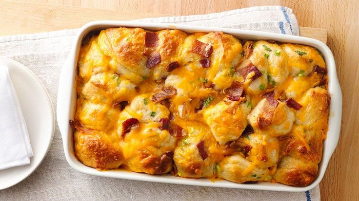 Every bite of this pull-apart is filled with the breakfast flavors of bacon, egg and Cheddar cheese.