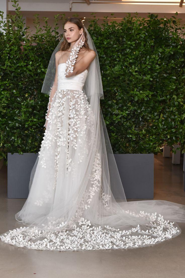 Oscar de la Renta Bridal Spring 2019 [PHOTOS] – WWD