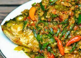 Resep ikan woku belangan manado pedas http://resep4.blogspot.com/2015/11/resep-cara-membuat-ikan-woku-belanga.html Masakan Indonesia