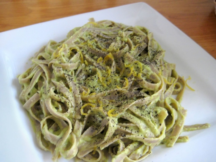 Avocado Pasta: the sauce's creaminess is from the avocado!