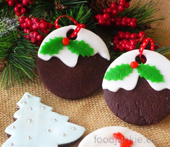 Δεν μπορούμε πλέον να αγνοήσουμε το γεγονός ότι τα Χριστούγεννα πλησιάζουν. Και όπως κάθε χρόνο, έτσι και φέτος το σπίτι μας θα μυρίσει μπισκότα! Φυσικά θα φτιάξω μελομακάρονα και κουραμπιέδες με τ…