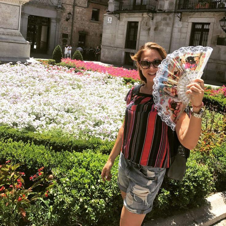 Το ταξίδι με τα παιδιά στο εξωτερικό είναι μια ξεχωριστή εμπειρία. Δες στο βίντεο τις δικές μας οικογενειακές στιγμές στην Ισπανία και τα tips μου για να περάσετε ένα τέλειο οικογενειακό ταξίδι σε μια άλλη χώρα!