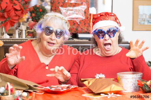 """Scarica l'immagine Royalty Free  """"funny senior ladies having fun for Christmas"""" creata da TTL media al miglior prezzo su Fotolia . Sfoglia la nostra banca di immagini online per trovare la foto perfetta per i tuoi progetti di marketing a prezzi imbattibili!"""