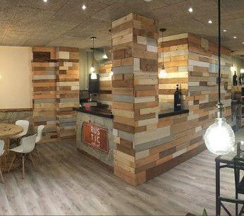 Negocios fabricados con palets proyectos de decoraci n e for A medida interiorismo