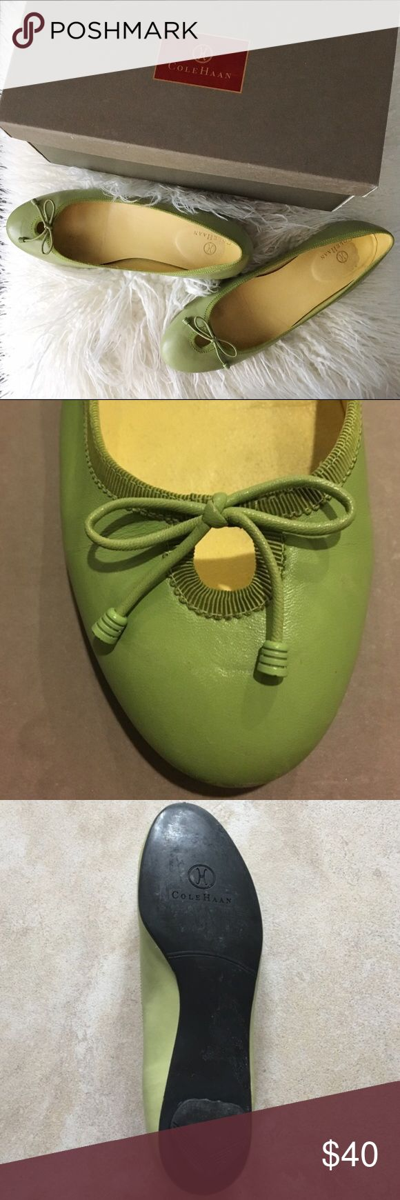 """🆕Cole Haan Green Flats Ballet Flats. Cole Haan """"Dorean Skimmer"""" Genuine Leather Decorative bow and decorative cutout detail Rounded toe design Elegant fabric trim Stacked 3/8"""" heel Cushioned insole leather. Plastic-ish heel. Smoke & pet free home. Cole Haan Shoes Flats & Loafers"""