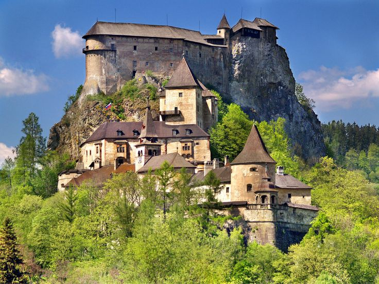 A view of famous Orava Castle in summer. Orava Castle is considered to be one of the most interesting castles in Slovakia. This castle is situated on a high rock above the river Orava. It is located in Oravsky Podzamok town, Slovakia. Many attractions can be seen there including Museum, Night Tours, Festivals and much more. This castle is also a popular location for filming fairy tale, or horror movies