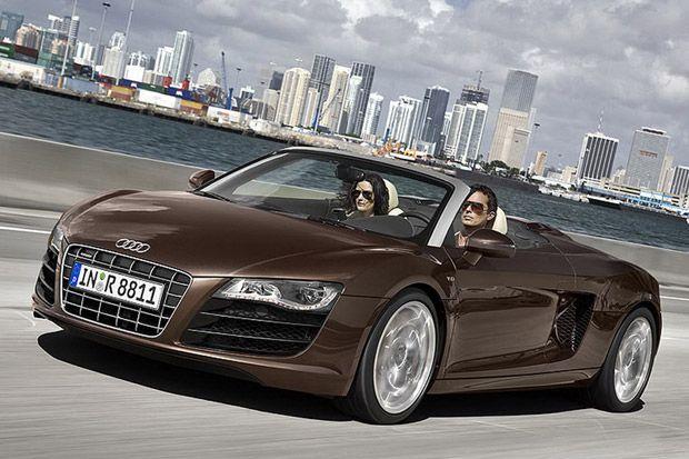 2012  Audi R8 Spyder V10.  Looks good in the dark copper color.