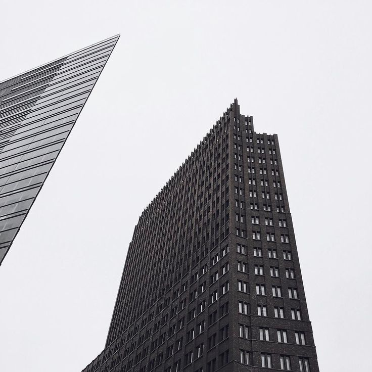 "108 Gostos, 17 Comentários - Ana Cutelo (@anacutelo_28) no Instagram: ""☝ #vsco #vscocam #vscoberlin #berlin #berlincity #potsdammerplatz #amazingview #photography…"""