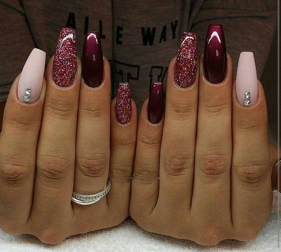 We have made a photo collection of Top 40 Beautiful Glitter Nail Designs  that you will - 25+ Beautiful Long Nail Designs Ideas On Pinterest Long Nails