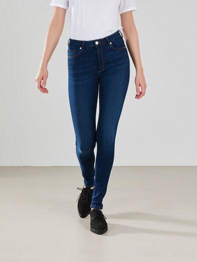 Super flex klassisk mørkeblå jeans. Høyt liv, smale ben. NEVER DENIM. Blå