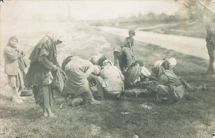 Armenian refugees in Hauran, Syria eating a carcass of a horse  AGBU - http://www.flickr.com/photos/agbu/with/2414604016/