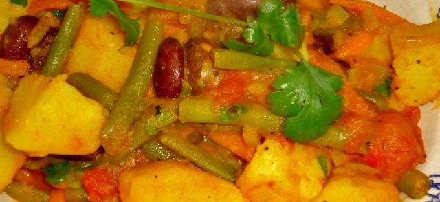 Veganistisch Indiaas Groenten Schotel recept | Smulweb.nl