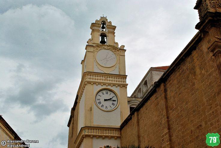 Torre dell'orologio della Basilica #Gallipoli #Salento #Puglia #Italia #Italy #Viaggiare #Travel #AlwaysOnTheRoad #Holiday #Sea #Mare #Sun #Sole #Vacanze #Beach #Spiagge
