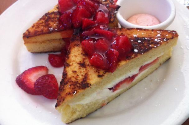 Foodista | Raspberry Mascarpone Stuffed French Toast