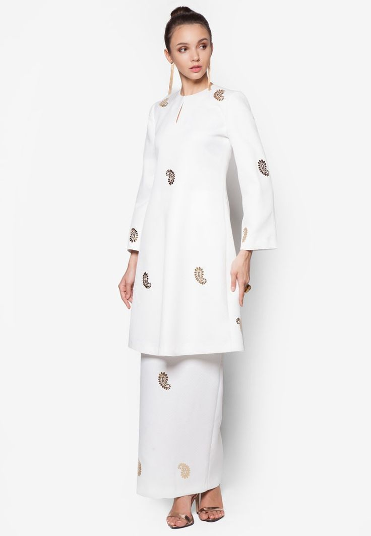 Kemala Paisley Kurung from Rizalman for Zalora in white_1