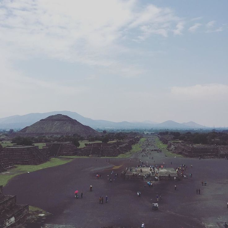 Teotihuacan: it's very popular very big and it's full of children with whistles which sound like Jaguars. 10/10 for pyramids 1/10 for jaguar whistles! #Mexico #pyramid #history #travel