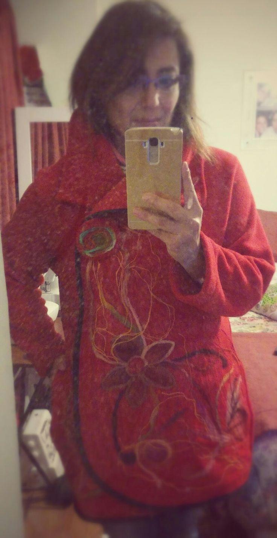 Yo probando un abrigo #polar #vellon #felting
