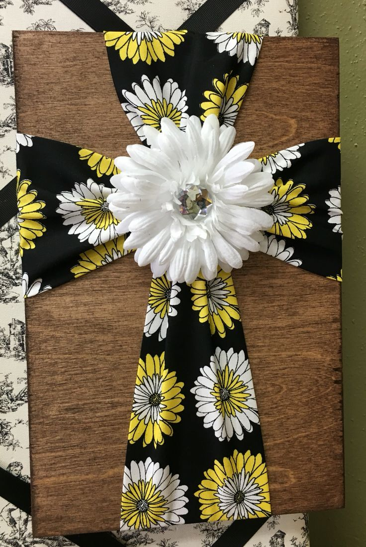Burlap fabric crosses on wood a collection of ideas to for Burlap fabric projects
