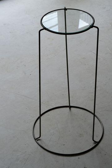demode furniture. side table