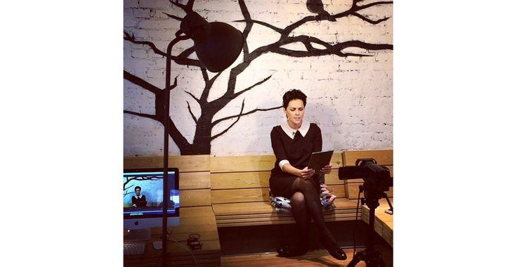 Ольга Шелест выбрала для съемок в фильме Владимира Хотиненко платье by Olga Skazkina.