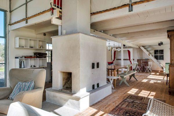 THIS SWEDISH SUMMER HOUSE IS WORTH KILLING FOR - SEE IT HERE http://inredningsvis.se/a-swedish-summer-house-to-kill-for/  #summerhouse #sommarhus #gotland #restips #drömhus #sweden #inredning