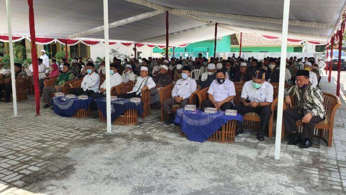 Dr H Mugni M Pd Terpilih Nakodai Fkspp Lotim Periode 2020 2025 Periode Berita Penuaan