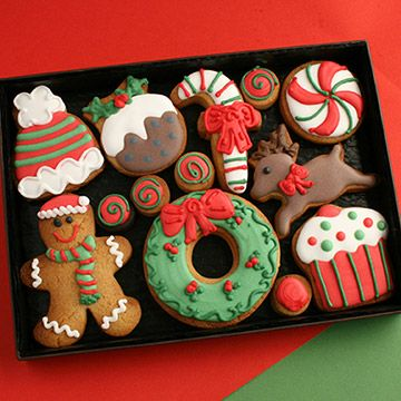 Traditional Christmas hand decorated cookie gift box - Custom Cookie Co (UK)
