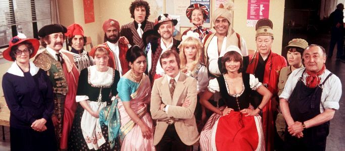 Mind Your Language. With saucy French girl, randy Italian bloke, forever apologising Indian, Mao spouting Chinese all present and politically incorrect.Childhood Tv, 70S Stuff, Comedy Central, Childhood Souvenirs, Childhood Memories, Favourite Tv, Favourite Things, Mindfulness Your Languages, 80S Childhood