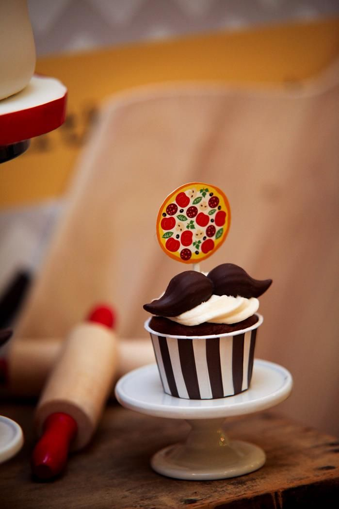 Pizza Themed Birthday Party i would take off the pizza and have a moustache party