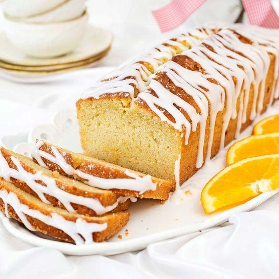 Saftig mjuk kaka smaksatt med apelsin och kardemumma.