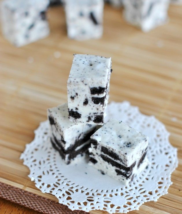 This Cookies and Cream Fudge recipe is a creamy treat for you