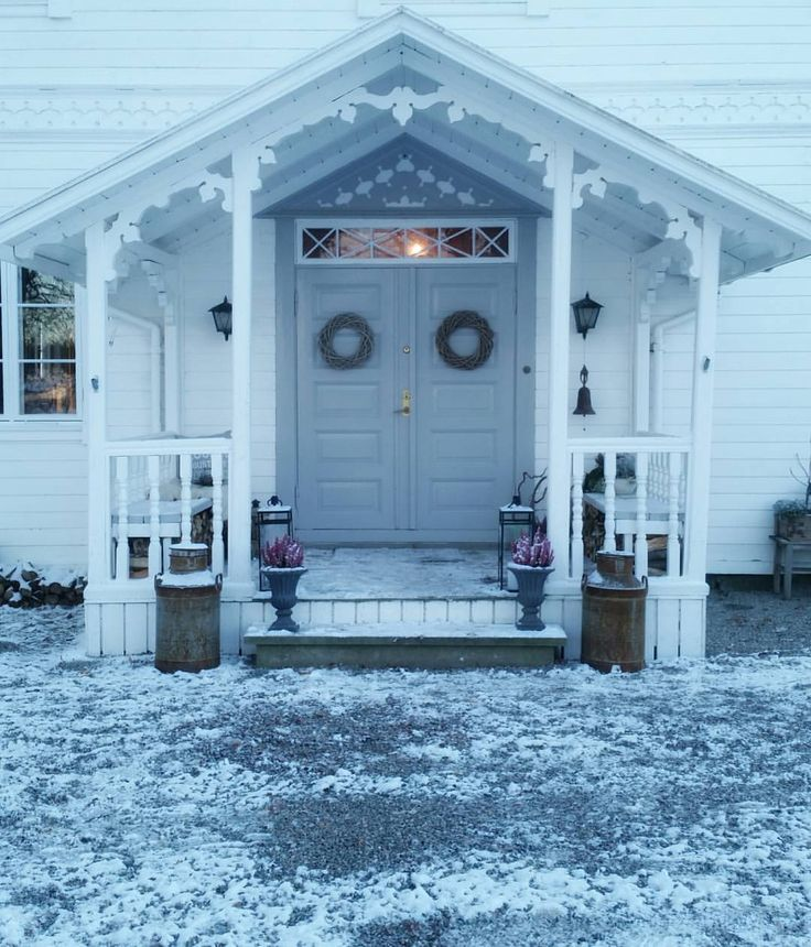 #inngangsparti #gamletrehus #sveitserhus #vinter @hanne_paalandet