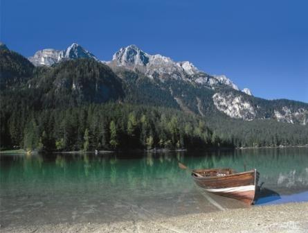 Lago di Tovel nel Parco Naturale Adamello Brenta