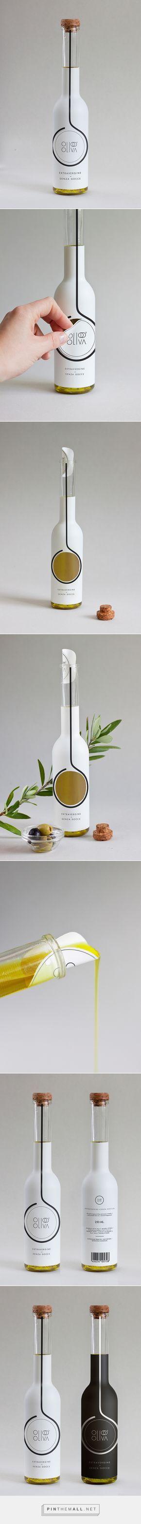 Embalagem inteligente da OLIO D'OLIVA traz no próprio rótulo uma maneira criativa de se servir do produto.