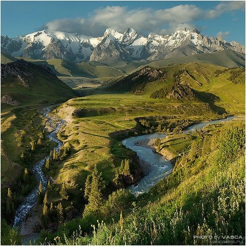 Kyrgyzstan - I want to camp in that valley!!