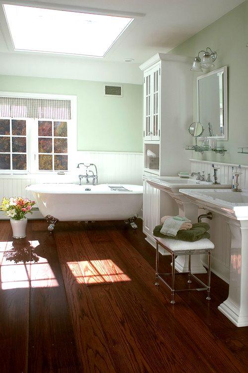 Bathrooms With Wood Floors