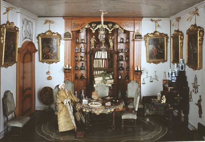 Кукольный дом Сары Рут