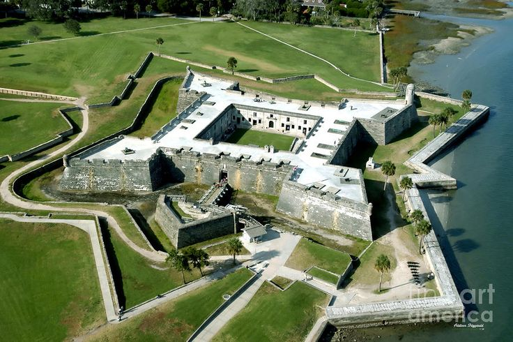 St. Augustine Fort - Castillo De San Marcos - St. Augustine, Florida Went here at night. Didn't realize how cool it looks!