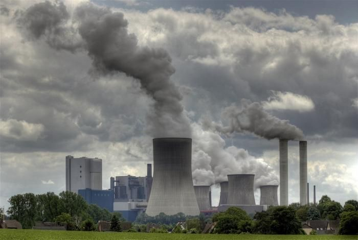 """A new NRDC report shares a positive picture about """"reduced #emissions"""" of major air #pollutants like #carbon dioxide, #mercury, sulfur dioxide (SO2) and nitrogen oxides (NOx) by nation's 100 electric power producers, accounting for 85 percent of US's power production.  http://www.360factors.com/blog/report-us-power-sector-co2-levels-down-to-1990-levels/"""