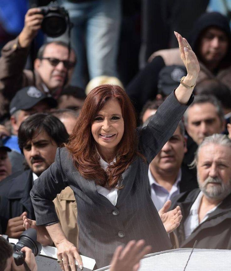 Macri ve 'bien' la reapertura de denuncia de Nisman contra Cristina Fernández - http://www.notiexpresscolor.com/2016/12/30/macri-ve-bien-la-reapertura-de-denuncia-de-nisman-contra-cristina-fernandez/