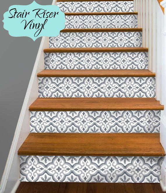 Les 25 meilleures id es de la cat gorie escaliers peints for Deco escalier ancien