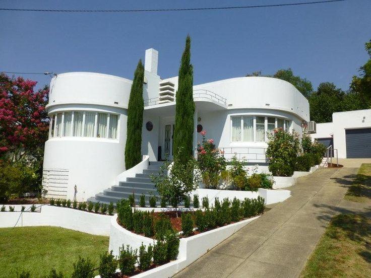 341 best art deco houses plus images on pinterest art for Streamline moderne house plans