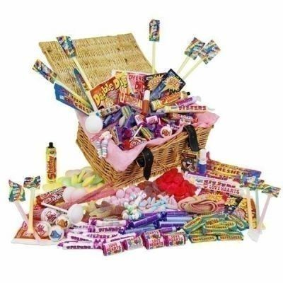 Because mums love sweets too. Fizzy Favourites Retro Sweet Hamper for #MothersDay | The Personalised Gift Shop | £35.00
