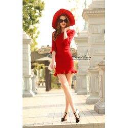 Summer mini dress #womenfashiononline #vintageboutique #womendress #summerfashionstyle #womenoutfits #onlineshop #onoinestore #lovered #reddress