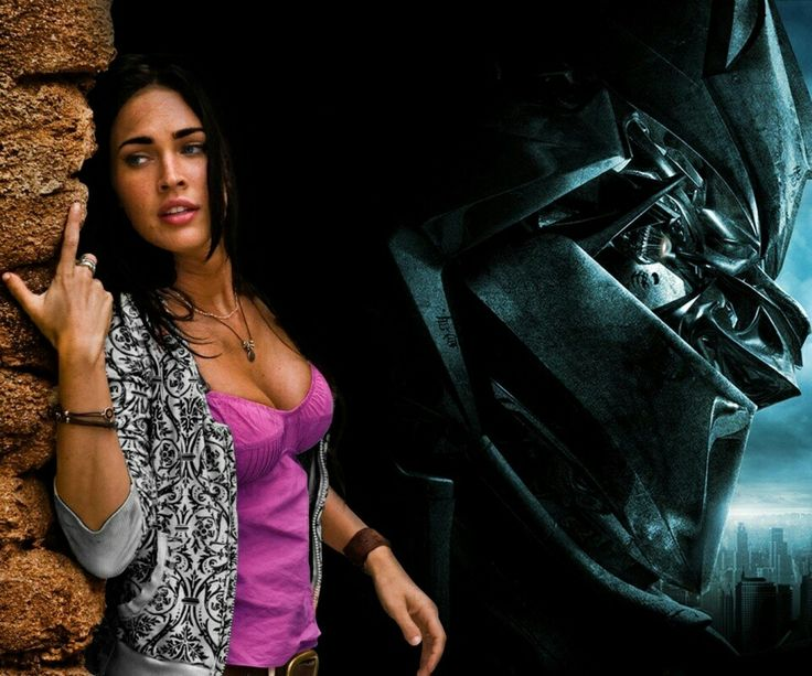 Megatron thought megan fox  had a gret rack but still had trouble trying to not stare at hear misshapen thumb. YUCK!!!